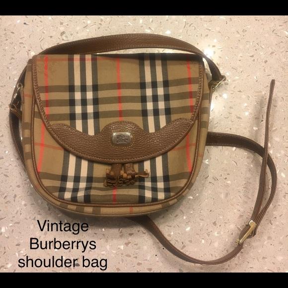 0d16afb78 Burberry Handbags - Vintage Burberrys bag